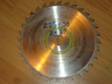 Edullinen teroitettu sirkkelinterä/pyörösahanterä 225/30/2.6 Z32